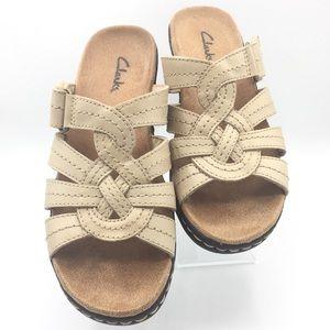 Clarks Lightweight Tan Leather Sandals